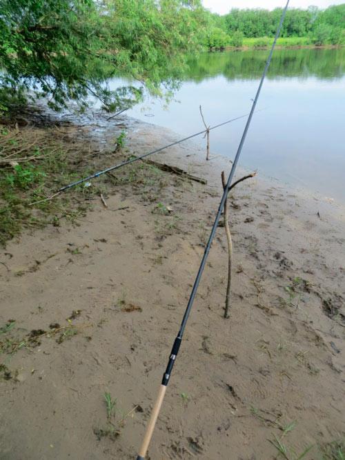 Самодельный фидер  Самоделки для рыбалки своими руками